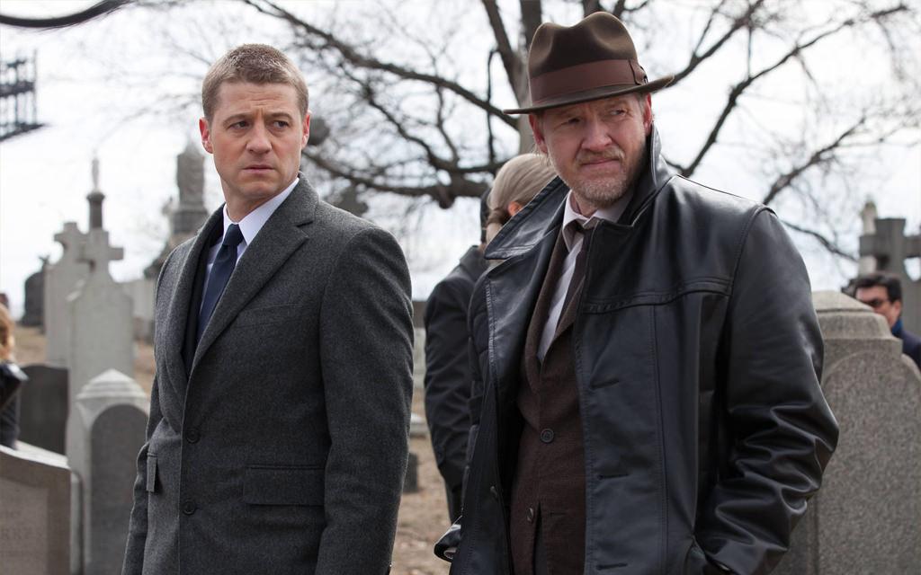 James-Gordon-and-Harvey-Bullock-Gotham-TV-Series